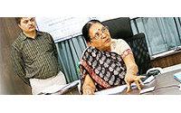 India estudia poner en marcha la primera universidad textil del país