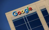 Alphabet's mobile ad revenue surges&#x3B; shares jump