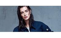 "Elle Turquia em cliques elegantes no editorial ""Denim Couture"""