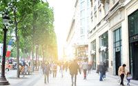 """La Mairie de Paris """"extrêmement préoccupée"""" par la situation du commerce parisien"""