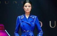 Peter Dundas fa sfilare il suo nuovo marchio a Pechino