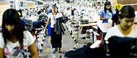 Cambodia: textile workers' salaries rise from €114 to €150