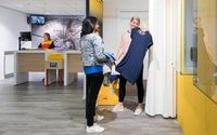 DHL introduces fitting rooms at pick-up points in The Hague and Amsterdam