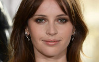 Felicity Jones to star in new Clé de Peau Beauté campaign