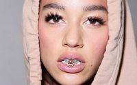 Rihanna révèle son premier produit Fenty Beauty