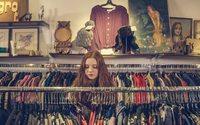 Россияне все больше экономят на одежде и обуви