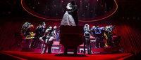 フィナーレにキス、モンクレール グルノーブル「愛」がテーマの最新コレクションをブルックリンで発表