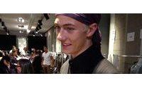 Lucky Blue Smith, il modello culto teenager ha sfilato per Versace