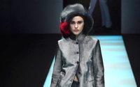 Giorgio Armani s'érige aux antipodes de la mode spectacle