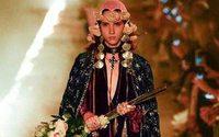 Gucci et sa croisière 2019 enflamment Les Alyscamps