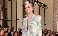 Armani Privé : la couture italienne tournée vers le Soleil-Levant
