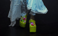 Crocs égraine les podiums des Fashion Weeks