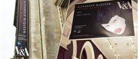 英アレキサンダー・マックイーン展が人気を受けて異例の24時間公開に