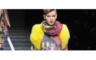 Hiroko Koshino features flowers, fur at Japan Fashion Week ...