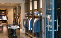 Stock issues and long queues cost British retailers £102bn each year