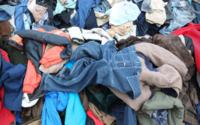 Gli Italiani possiedono in media più capi d'abbigliamento e più tessili per la casa