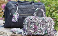 Vera Bradley posts expectation-topping revenues but slips deeper into loss