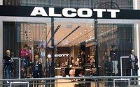 El grupo Capri continúa creciendo en España y abre en Barcelona la primera tienda Alcott