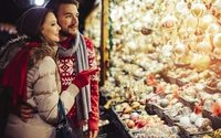 Are the French late with their Christmas shopping?