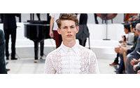 Burberry traz visual romantizado para moda masculina