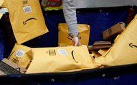 Amazon sfida Walmart, consegne gratis per ordini di Natale