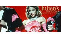 Roupas da carreira de Madonna seguem em exposição e serão leiloadas