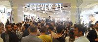Clima de badalação marca inauguração da Forever 21 em Porto Alegre