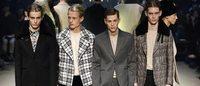 La mode masculine démarre à Paris avec Valentino, Carven et Raf Simons