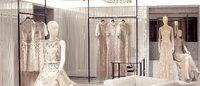Valentino riapre la boutique di Avenue Montaigne
