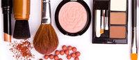 Las mujeres hispanas revolucionan el mundo de los cosméticos en EE.UU