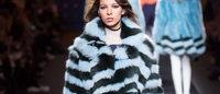 Fendi festeggia i suoi 90 anni con una sfilata di pellicce a Roma