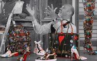 Christian Louboutin выпустил коллекцию с автографами и рисунками Лубутена