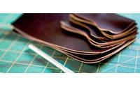 Индекс производства кожаных изделий в Алтайском крае составил 124,8%