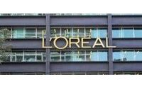 Suicidal nurse cleared of fleecing French L'Oreal billionaire