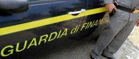 Salerno: sequestrati 1.400 articoli di moda contraffatti