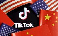 Trump to block U.S. downloads of TikTok, WeChat on Sunday