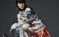 Denim luxuoso em 'styling' desconexo é o apontamento da Vogue Austrália