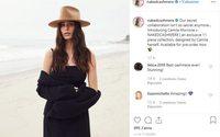 Camila Morrone signe une capsule pour Naked Cashmere