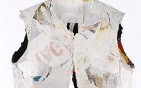 Martin Margiela sale a subasta en París con una colección de piezas insólitas