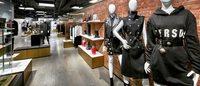 Versus Versace multiplie les ouvertures