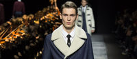 Violín y traje de etiqueta para Dior y colores del futuro para Kenzo en París