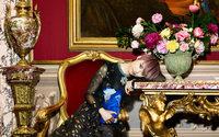 Появились фотографии рекламной кампании Giambattista Valli x H&M