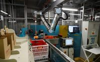 Ocado courts global food retailers with robot army
