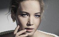 Dior'un yeni kampanyasında sade ve şık bir Jennifer Lawrence