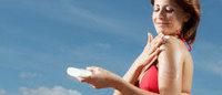 Estate, tempo di tintarella: alcuni consigli per prendersi cura della pelle
