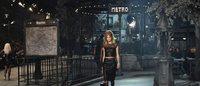 クチュリエの技が光る「シャネル」メティエダールコレクション イタリア映画とパリの街に捧げるオマージュ