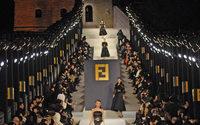 Les cinq défilés emblématiques de Karl Lagerfeld
