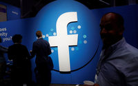 U.S. regulators approve $5 billion Facebook settlement over privacy issues