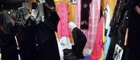 Mode islamique : Hélène et Malika, créatrices, défendent leur vision de l'élégance