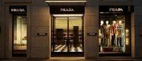 Prada passe un accord avec le fisc et rapatrie le contrôle du groupe en Italie